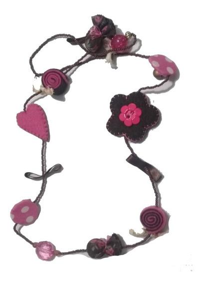 Colar Feminino Com Flor Coração E Pedras Artesanal