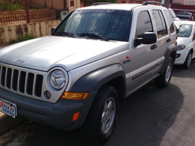 Jeep Cherokee 3.7 Sport 4x4 V6 12 V Automático