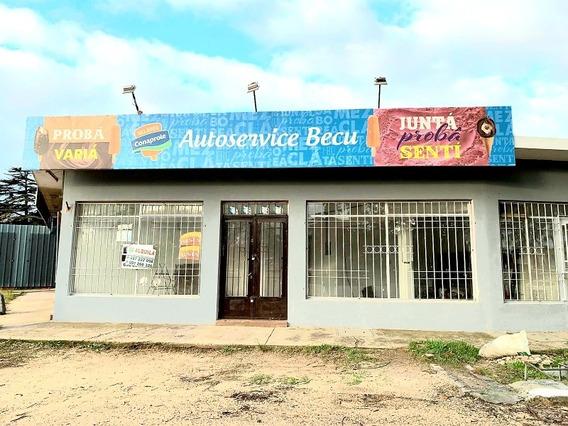 Local Comercial Zona De Gran Moviento