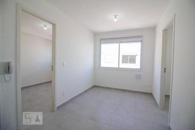 Apartamento No 8º Andar Com 2 Dormitórios - Id: 892927486 - 227486