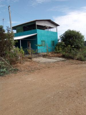 Rancho De 2 Andares, 2 Quartos, Varanda Na Frente E L