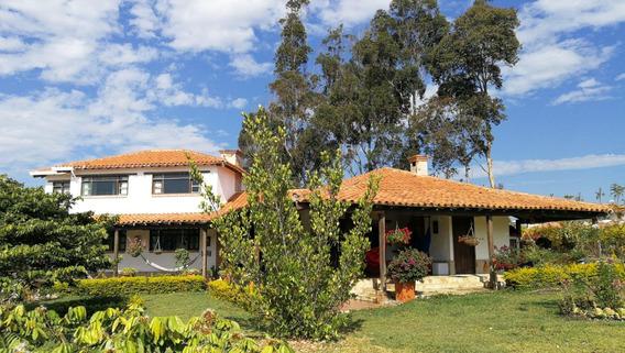 Espectacular Casa En Acuarela Mesa De Los Santos