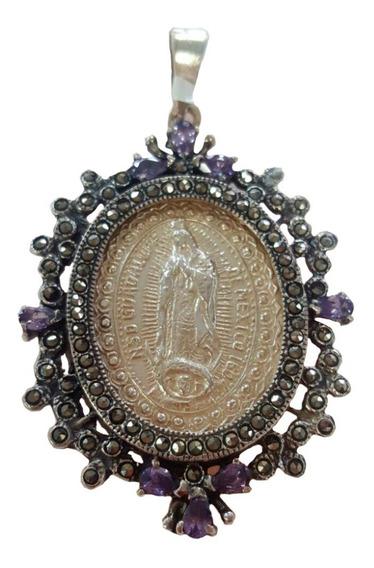 Medalla De Plata Con Piedras