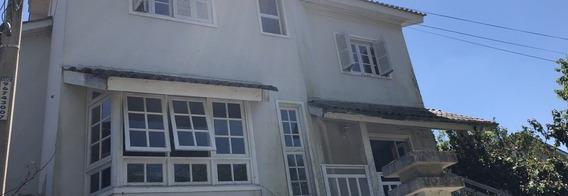 Casa Condomínio Em São Lucas Com 3 Dormitórios - Rg4151