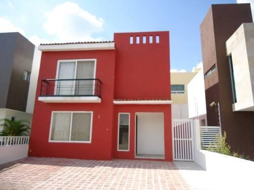 Renta Casa 3 Recamaras Residencial El Refugio Queretaro