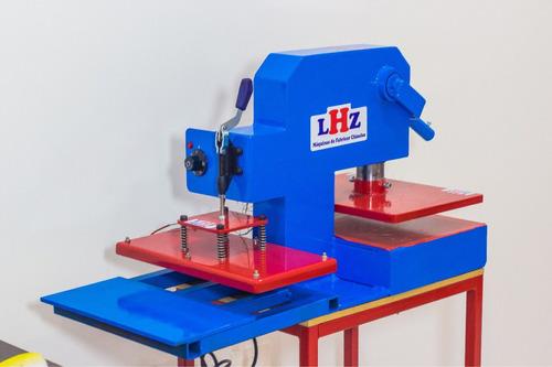 Imagem 1 de 8 de Maquina Chinelo Manual.corta O Par. Com Maquina Estampa Lhz