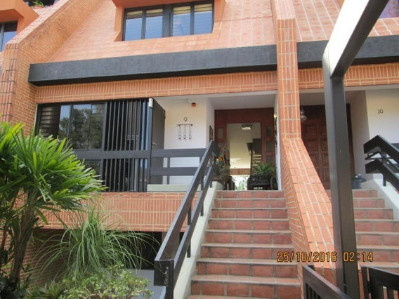 Townhouse En Venta Altos De La Trinidad Mls #20-16989