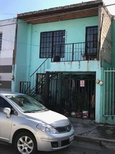 Casa Duplex Con Dos Frentes En Col. Polanco, Guadalajara