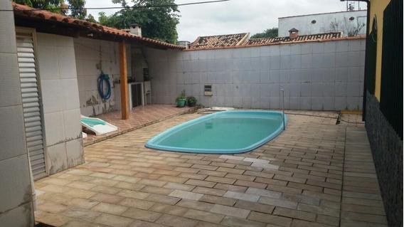 Casa Para Venda, Village, 3 Dormitórios, 2 Suítes, 1 Banheiro, 1 Vaga - 010046_1-880792