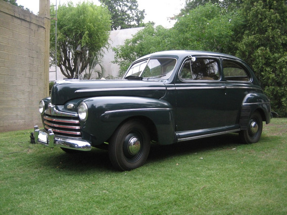Ford 1946 V8 Deluxe