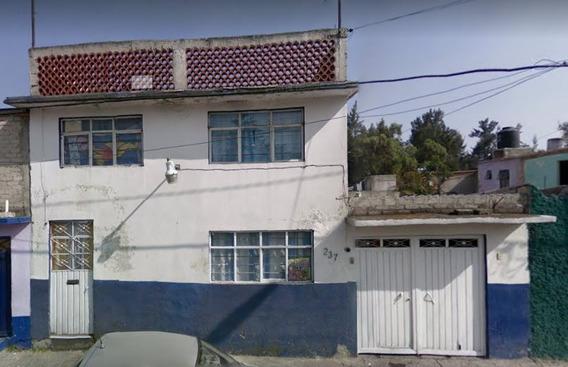 Remate Bancario Casa En Av 525 San Juan De Aragon Gustavo A