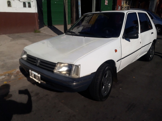 Peugeot 205 1.8 Gld Junior 1999
