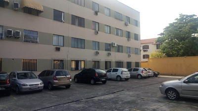 Apartamento De 2 Quartos ,aceita Carta