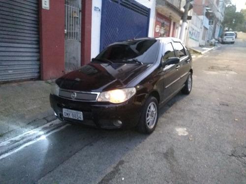 Fiat Palio 2004 1.8 Hlx 5p