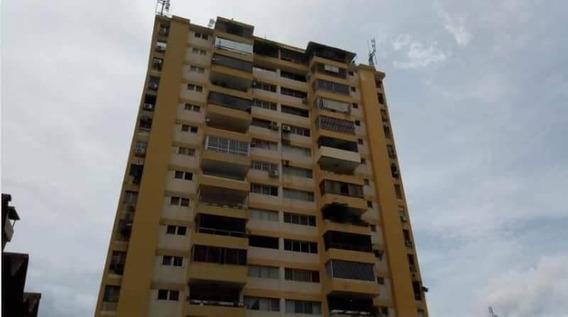 Vendo Apartamento En La Esperanza , Maracay