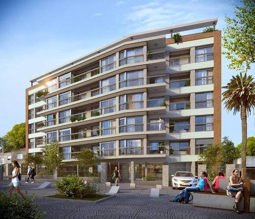 Apartamento Con Renta A Mts De Luis A. De Herrera