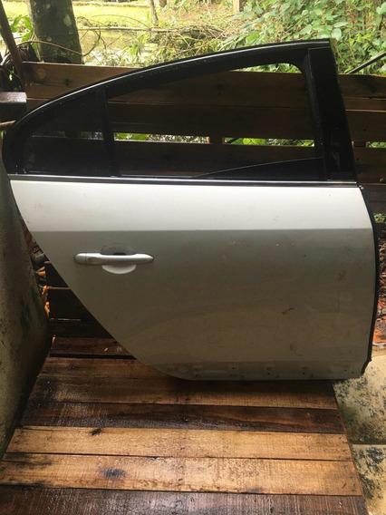 Porta Traseira Direita Renault Fluence 2013 Sem Acessórios