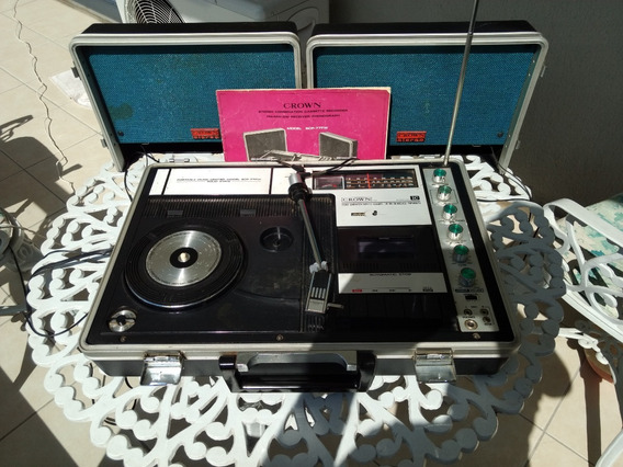 Maleta Portátil Crown 3 X 1 Radio - Vitrola - Cassete