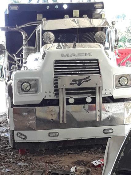 Camion Mack Dm 1997