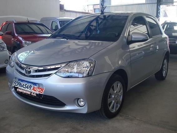 Toyota Etios 5 Puertas 1.5 Xls Caja 6m/t