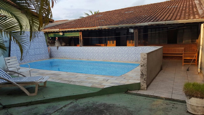 Casa Com Piscina Em Terreno De 450 Metros 200 Metros Do Mar