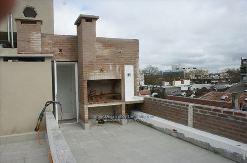 Venta Apartamento 1 Dormitorio, Terraza,parrillero Y Garaje