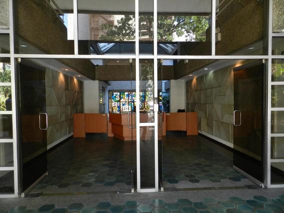 Oficina En Alquiler Los Palos Grandes #19-20110