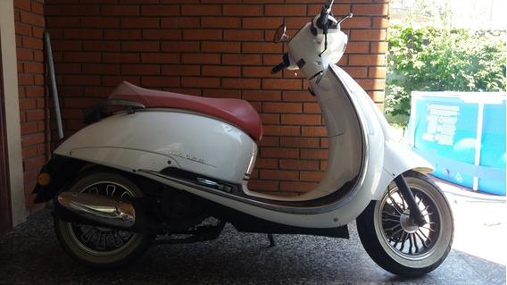 Beta Scooter Tempo 150cc. 480km