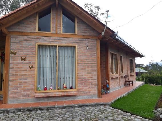 Casa De 1 Solo Piso: 3 Habitaciones 2 Baños Más Área Social