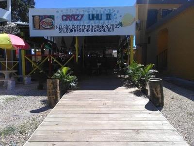 Nuevo Restaurant, Bar Y Heladería En La Entrada Bayahibe