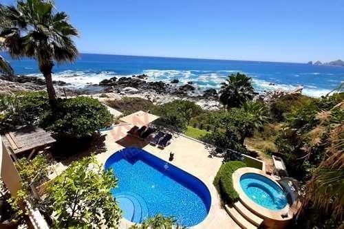 Casa De 5 Recámaras En Renta En Cabo San Lucas, Espectacular Vista Al Mar