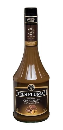Imagen 1 de 1 de Licor Tres Plumas Chocolate / Almendras 700 Ml