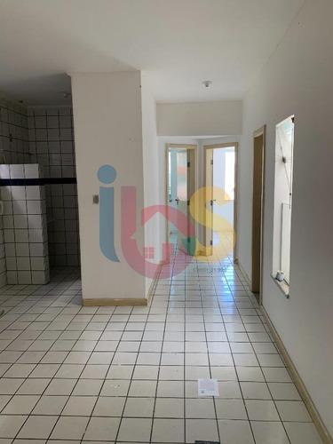 Alugo Apartamento 2/4, Localizado Na Avenida Amelia Amado - 4722