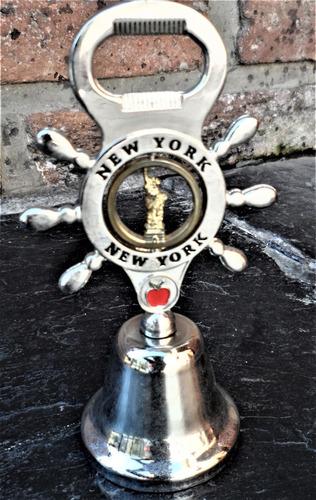 De Colección. Campana En Metal Plateado Traída De Nueva York