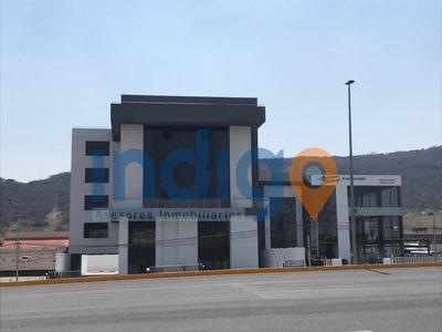 Oficina En Renta En Centro Sur (sobre Blvd. Bernardo Quintana)