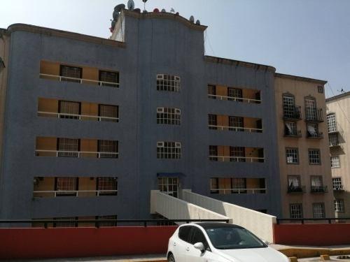 Rar - 1879. Departamento En Renta Colonia Colinas De San José En Tlalnepantla De Baz
