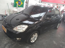 Ford Fiesta Sedan 1.6 Completo Flex Preto 2006