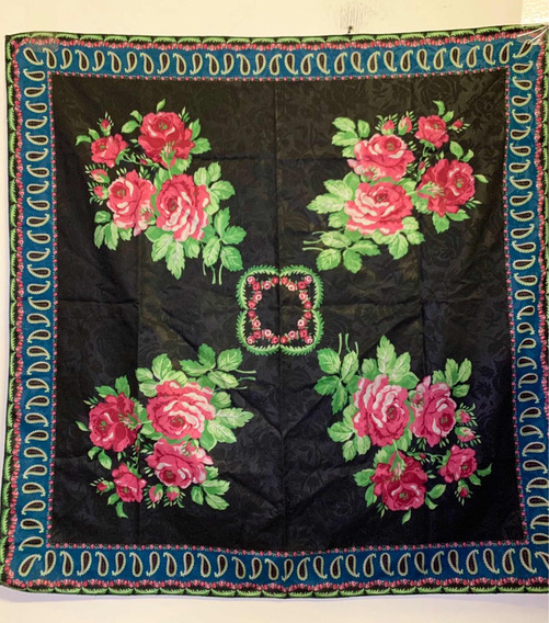Pashmina Fina Vintage Cuadrada Diseño Rosas
