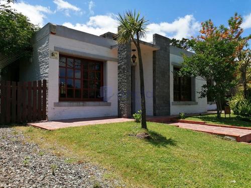 Casa En Con Piscina Zona Tio Tom Punta Ballena- Ref: 1158
