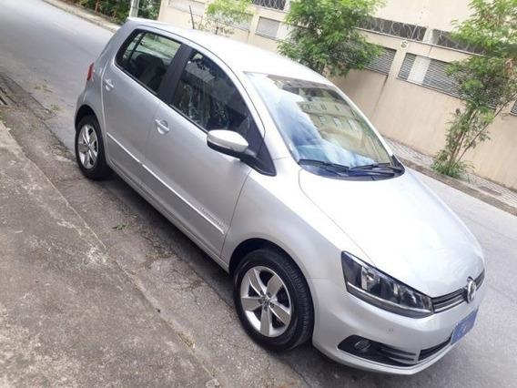 Volkswagen Fox Comfortline 1.6 Mi Total Flex, Hhj5523