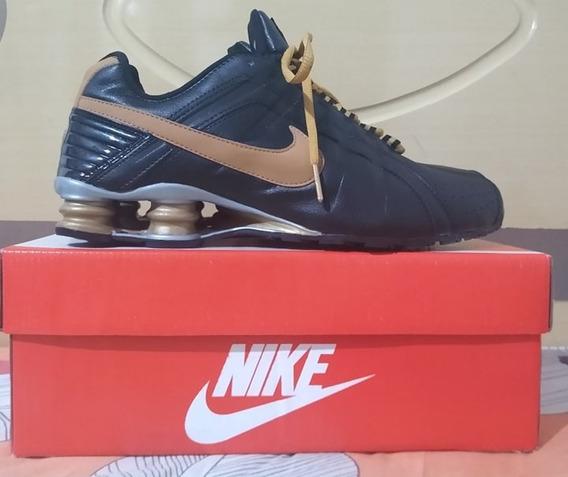 Tenis Nike Shox Junior Preto E Dourado Nº41 Original!!!