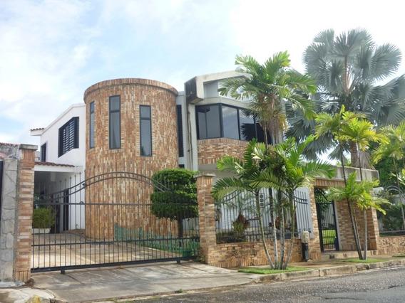 Felix Guzman 0424-4577264 Vende Casa En El Bosque Velencia