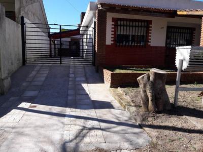 Casas De 3 Ambientes Una Para 6 Personas Y Otra Para 8