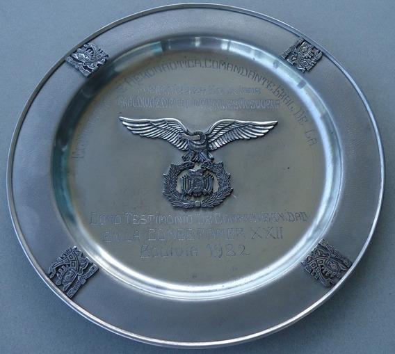 Militaria - Força Aérea Da Bolívia/placa Comemorativa (2)