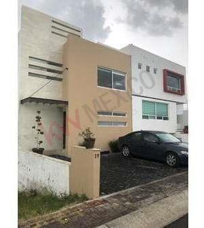 Venta Casa , Gran Oportunidad Valle De Juriquilla Querétaro $2,850,000