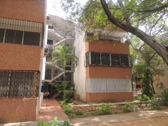 Apartamento En Alquiler Tipo Estudio En Juana De Avila
