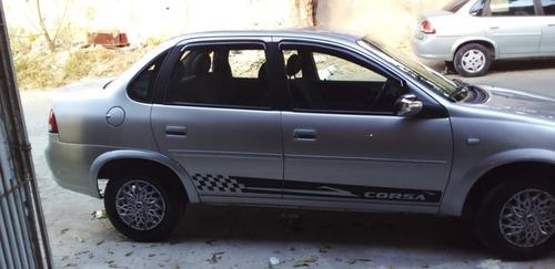Imagem 1 de 9 de Chevrolet Clássico 2014 1.0