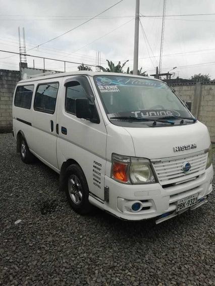 Buseta Nissan Urban 3.0