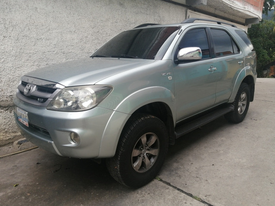 Toyota Fortuner 4x2 A/ggn60l-nkaskl