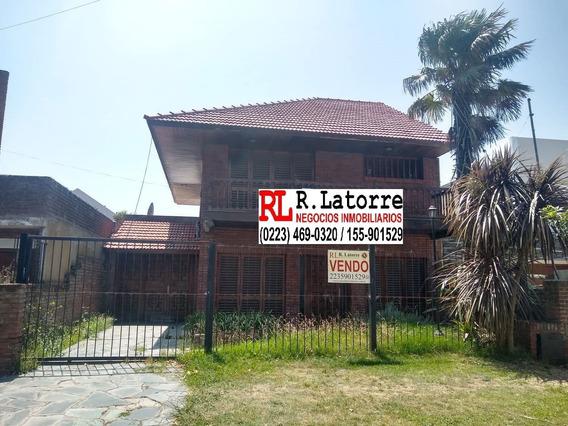 Latorre Prop. Vende Chalet De 4 Amb Con Parque Y Quincho - Parque Luro